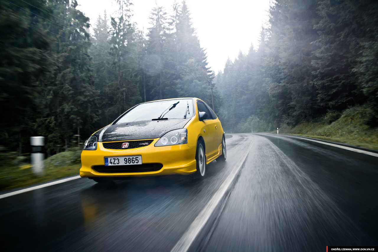 honda civic type r ep3 yellow car in rain tremek car. Black Bedroom Furniture Sets. Home Design Ideas